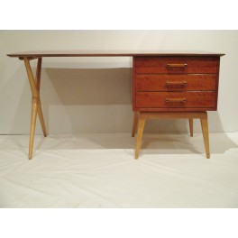 Moderne maple desk and chair c. 1951